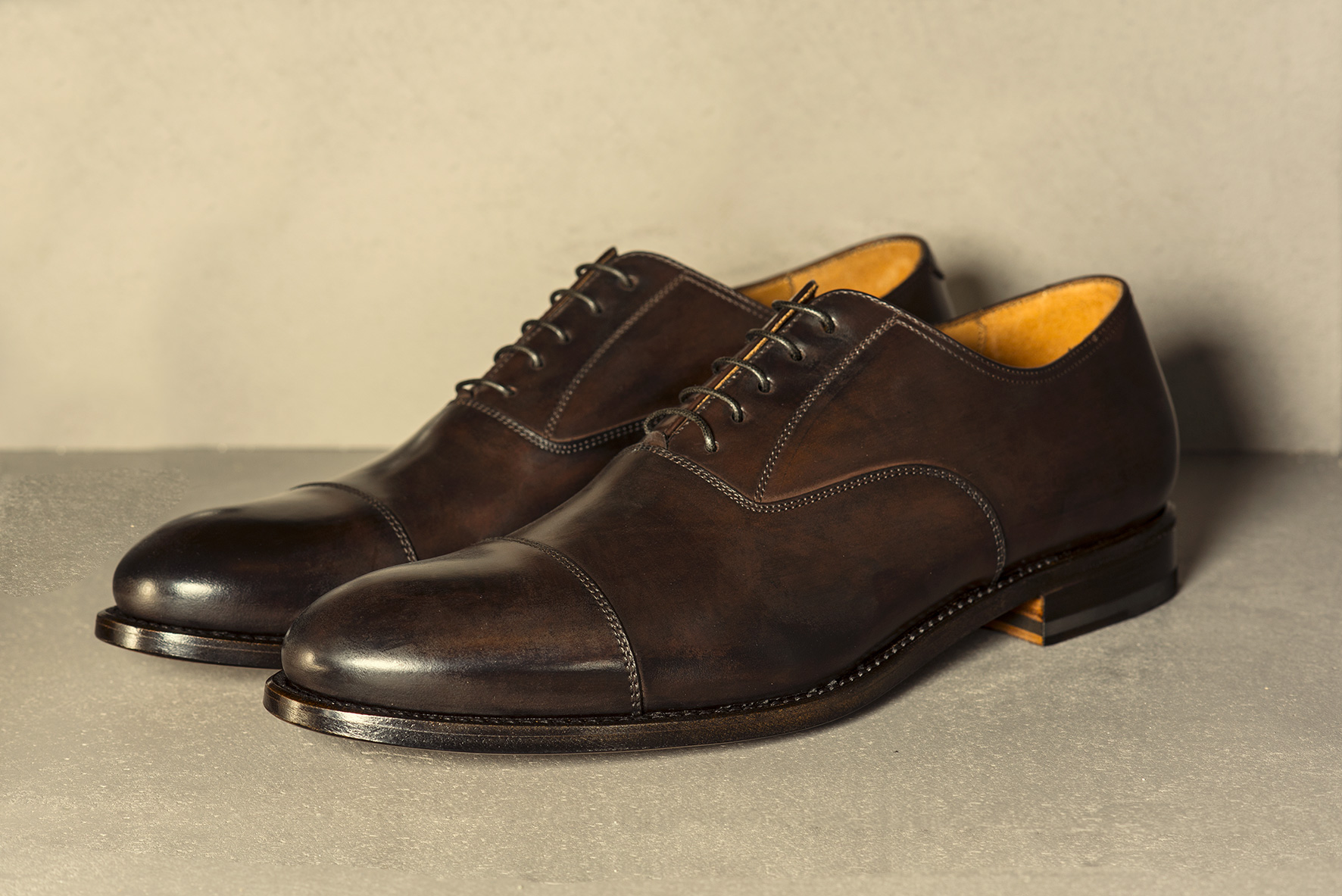 classic men's shoes