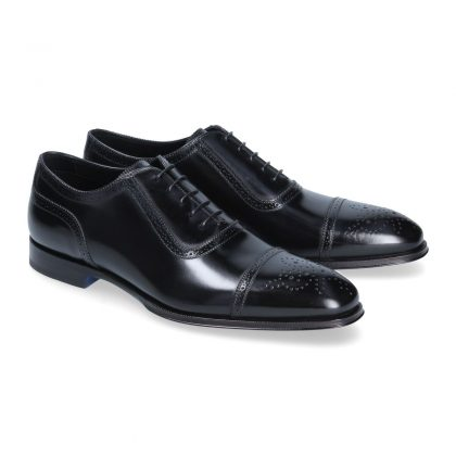 Black oxford Nancy