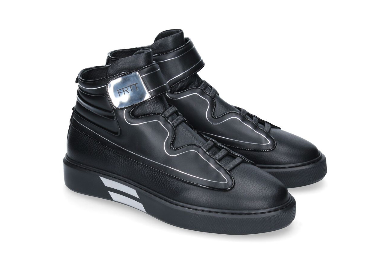Black and silver sneaker FRTT