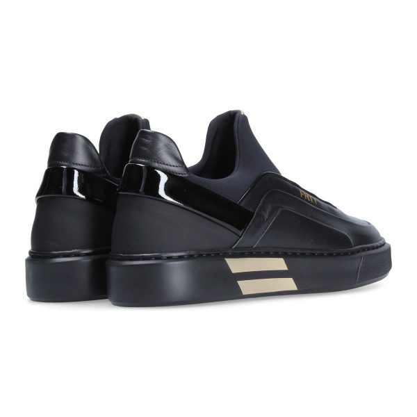 Black and gold sneaker for woman